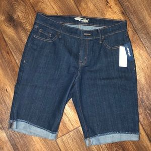 NWT Old Navy Jean shorts sz 4